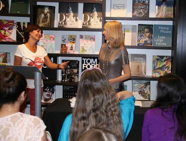 Presentación del libro de Patricia Arribálzaga en Books & Books de Miami