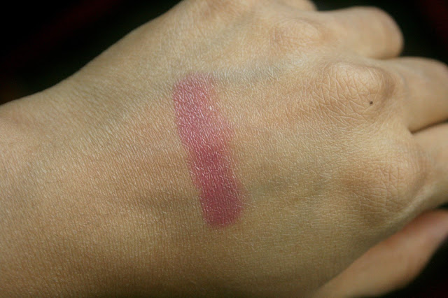 Dior Addict Hydra-Gel Core Mirror Shine Lipstick in Bold 780 Swatch