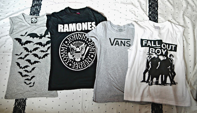 Clothing Haul t shirts bats ramones Vans Fall Out Boy