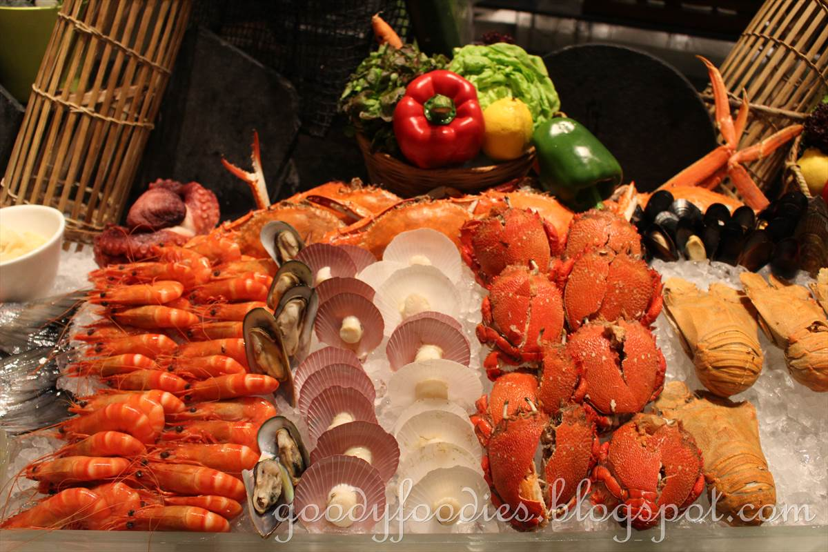 GoodyFoodies: Seafood Buffet Dinner @ Serena Brasserie, InterContinental KL