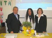 """Agnese riceve in dono """"l'Ulivo della Pace"""" dal 2° Circolo didattico di Acerra(Na)"""