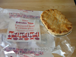 Tesco Everyday Value Beef and Onion Pie