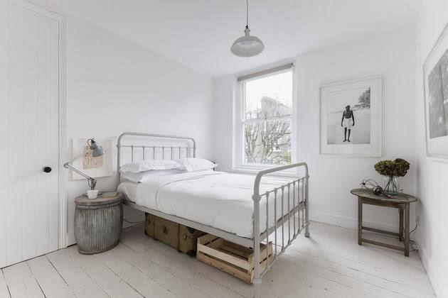 amas de hierro antiguas en los dormitorios