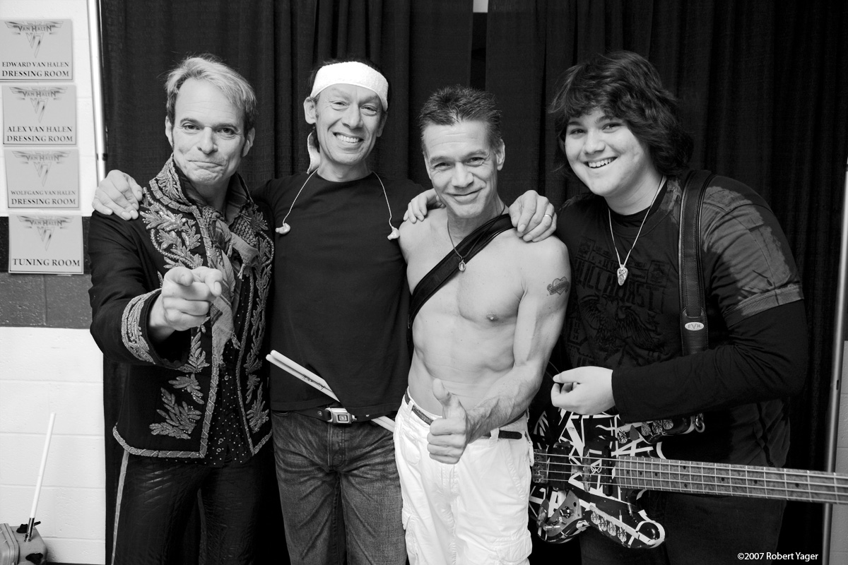 Van Halen 's first US show of 2013 has been announced.
