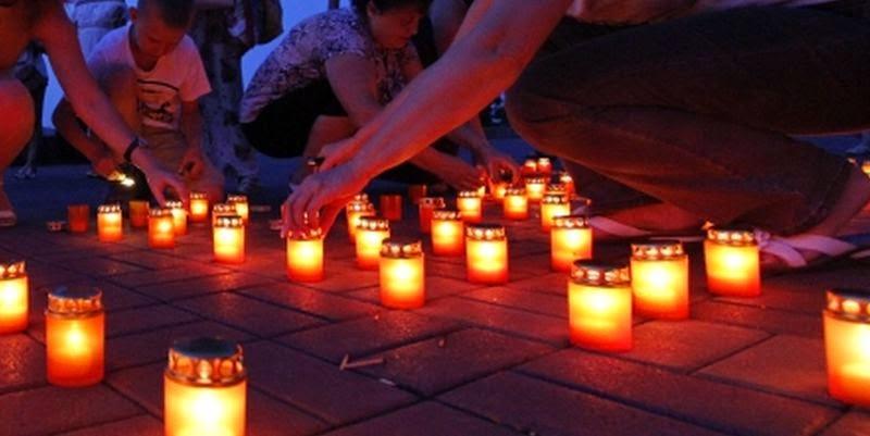 Поминальные свечи заженные Одесситами в связи с событиями произошедшими в Одессе 2 мая