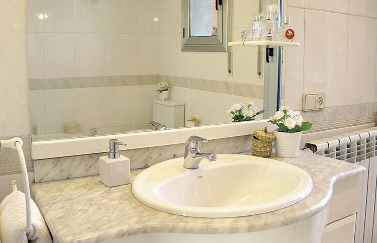 Baño Sencillo Para Buena Suerte:espacioso así que es de agradecer ya que solo es un baño para dos