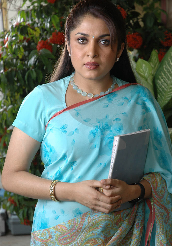 , Ramya Krishnan Hot Pics In Saree