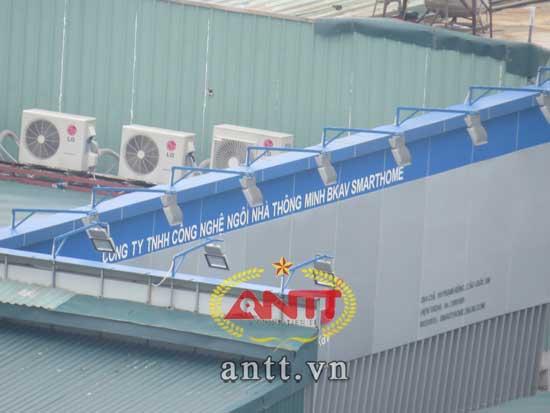 Đột nhập xưởng sản xuất điện thoại BPhone Việt Nam www.c10mt.com