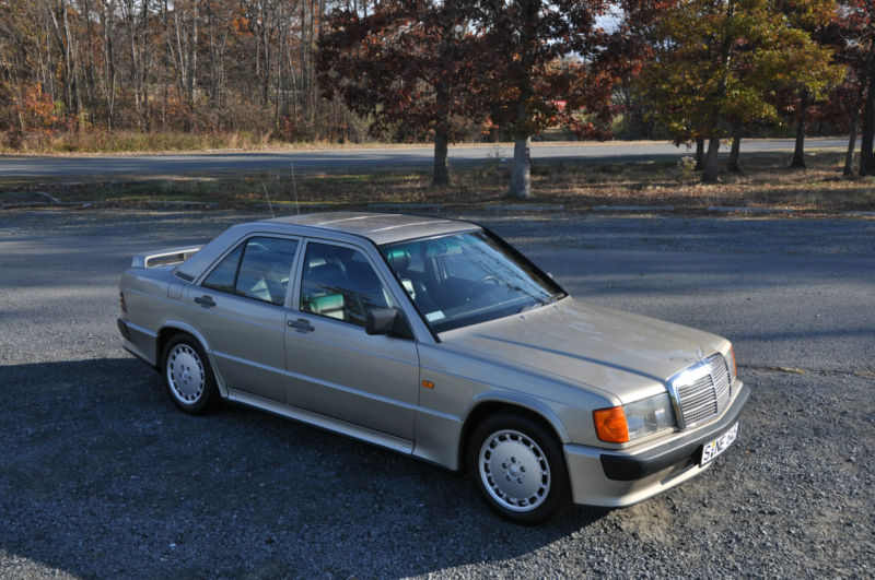 Daily Turismo: 5k: 1986 Mercedes-Benz 190-Series 2 3-16V Cosworth