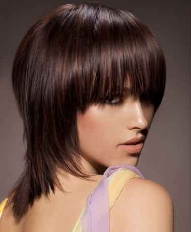 malaysian curly hairstyles : ... Low Maintenance Short Hairstyle For Thick Wavy Hair moreover Low