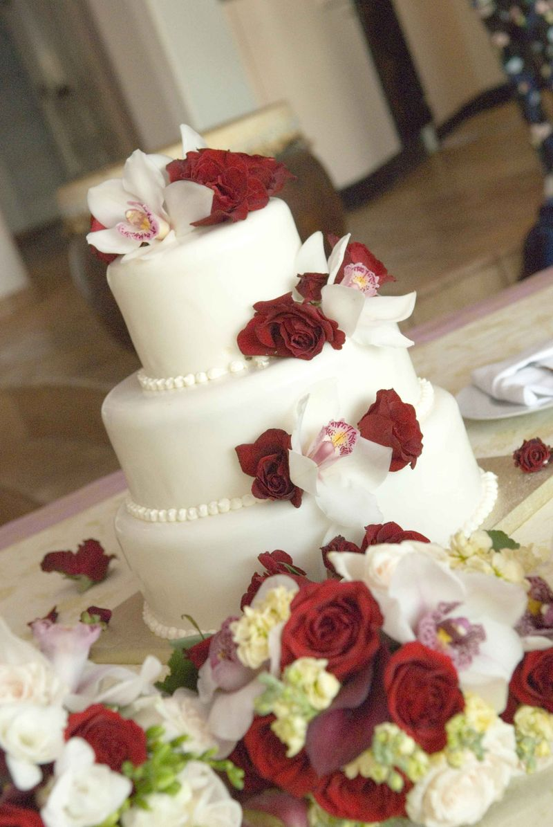 Awesome Wedding Cake Designs With Roses Decoration Wedding Cake Designs