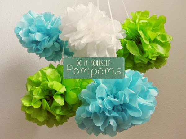 kuddelmuddel diy pompoms selbst machen. Black Bedroom Furniture Sets. Home Design Ideas