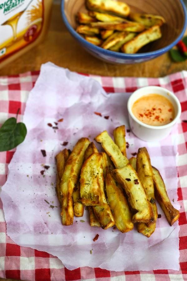 Desi Health Bites : Recipe for Baked Sweet Potato Sticks with Chilli Mayo