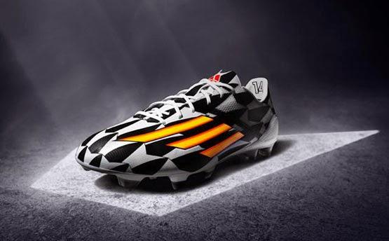 botas de fútbol adidas adizero F50 Battle Pack colección