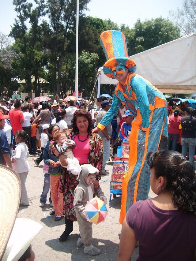 Autoridades cholultecas festejan a niños