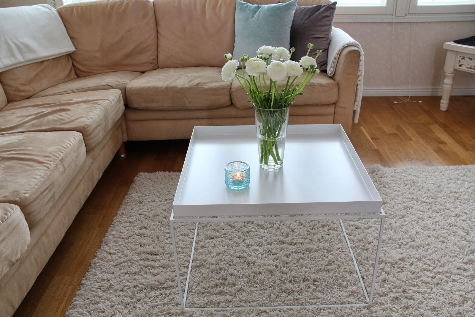onnen hetki paratiisissa rakkautta ensisilm yksell. Black Bedroom Furniture Sets. Home Design Ideas