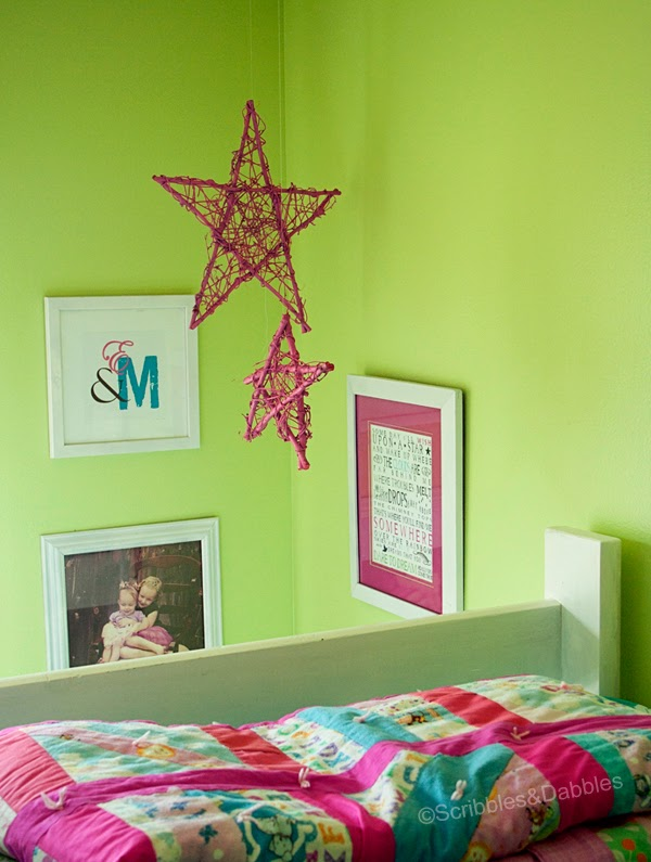 Scribbles&Dabbles: Bright Girls' Room Makeover -- corner vignette