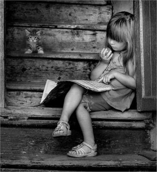 niña lee