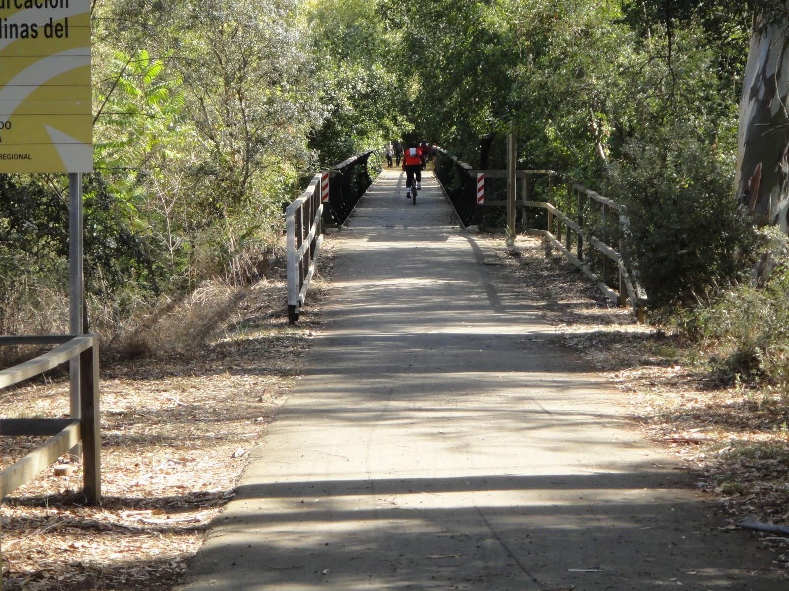 La maquinilla paseo por la v a verde de la sierra norte for Caseta guarda bicicletas