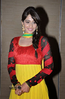 Regina-Stills-at-Love-U-Bangaram-Audio-Launch