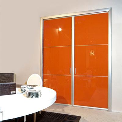 Puertas correderas for Puertas con vidrieras decorativas