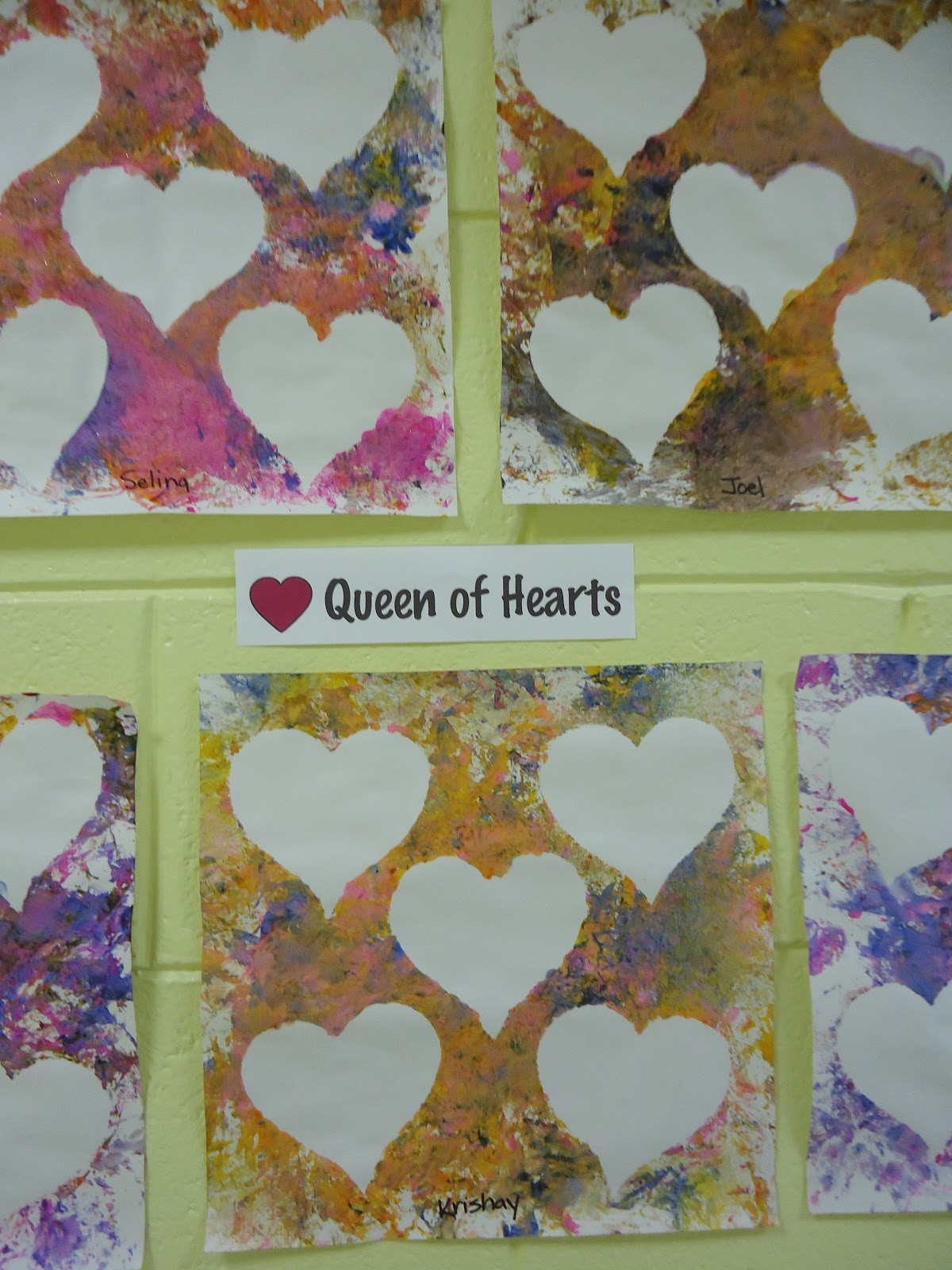 Queen Of Hearts To Learn About Heart Shapes