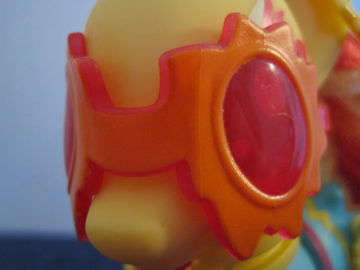 Cutie Mark Magic Fashion Style Sunset Shimmer goggles, close up.