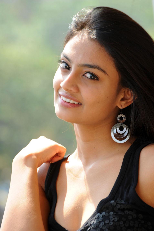 nikitha narayan at its my love story pm, nikitha new