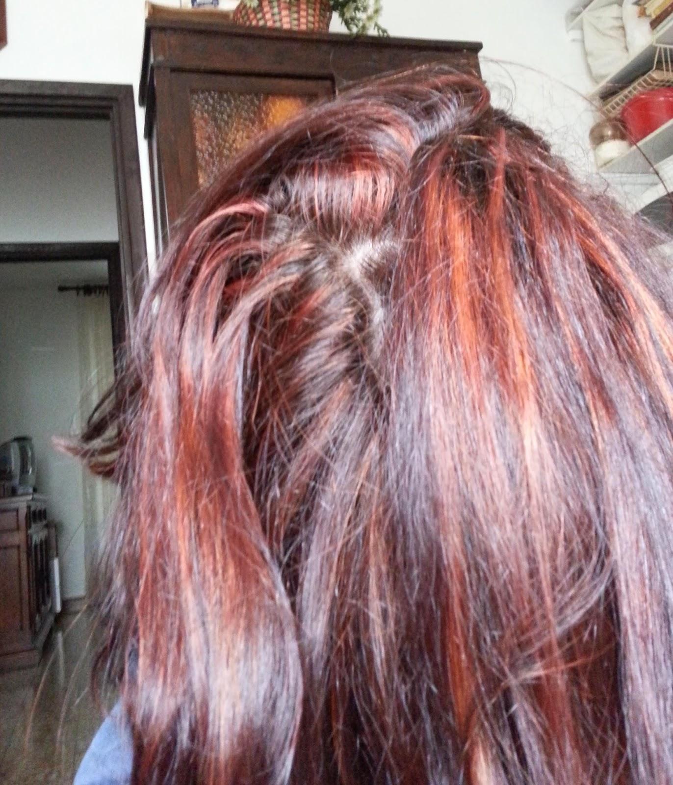 Decolorare capelli tinti con henne
