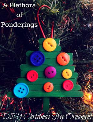 http://plethoraoponderings.blogspot.com/2013/12/12-days-of-diy-ornaments.html