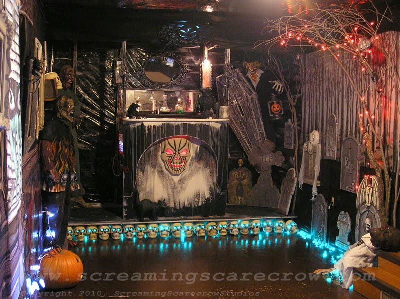 Desain Interior Rumah Minimalis Sederhana Bertema Halloween