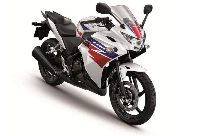 Bikez News >>: New Facelift Honda CBR 250 R