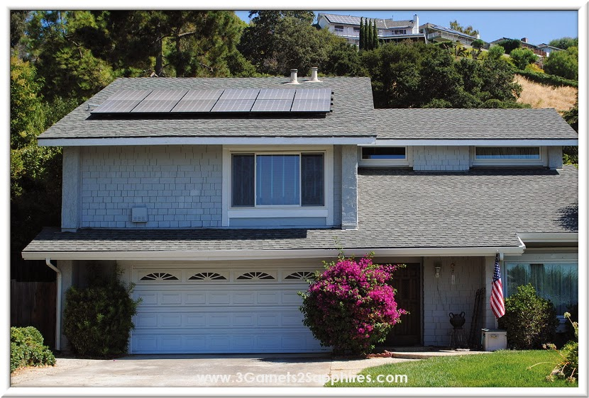 Going solar to save money on your electric bill  |  www.3Garnets2Sapphires.com #SunrunHome #CG