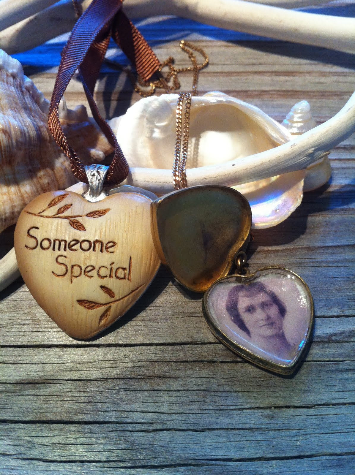 birthstone disc at word sweet charm gold blossom any hangs with lockets hearts can personalized will name a either filled on necklace stamped there gifts grandma that or side the be hand over of tree
