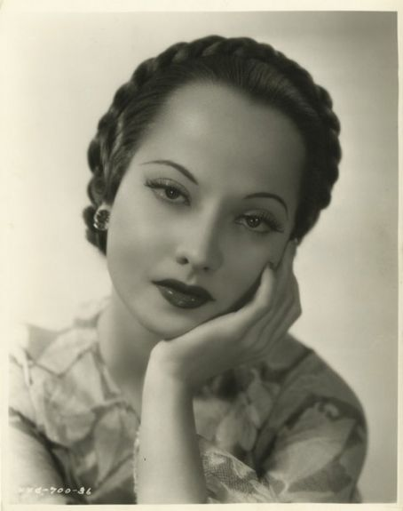 French Sampler: Merle Oberon
