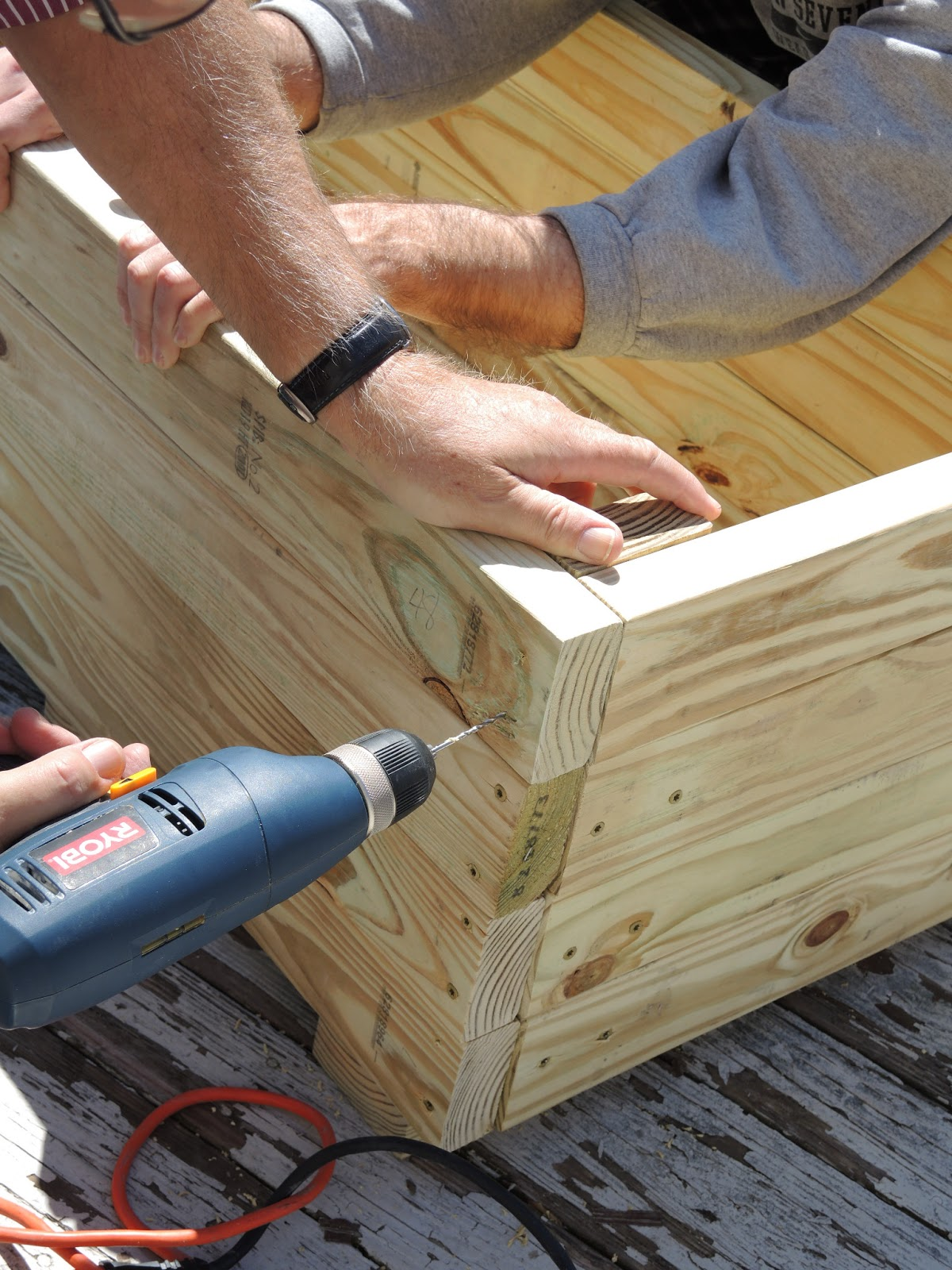 Cm shaw studios how to build a planter out of pressure for Cool things to build with 2x4s