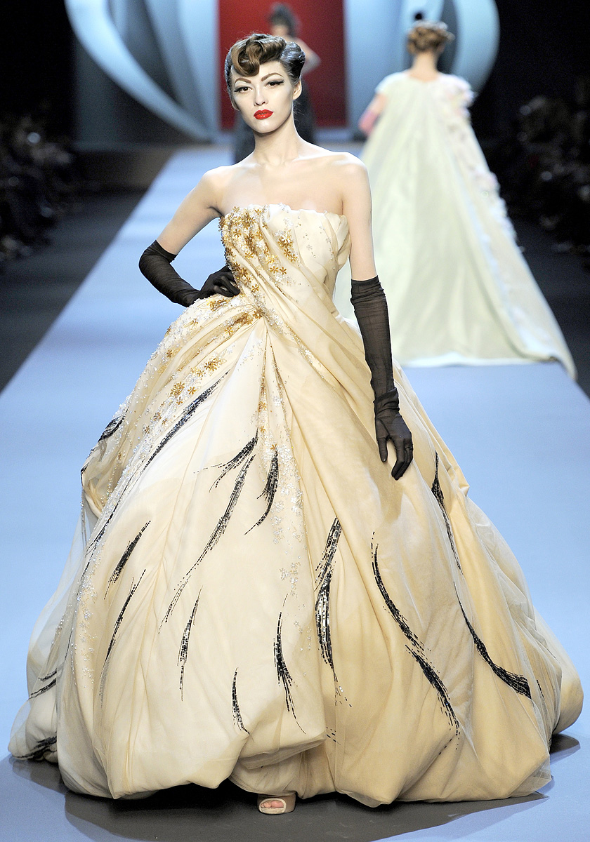 Ma Cherie, Dior: Christian Dior, Haute Couture Spring 2011