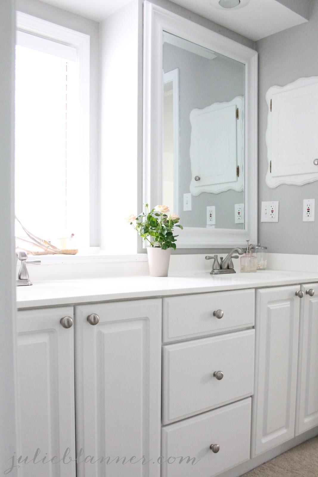 Master bathroom makeover - Simple ways making bathroom feel like mini spa ...