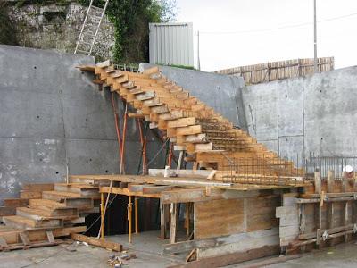 El maestro de obras xavier valderas hacer escalones de for Como hacer una piscina en un segundo piso