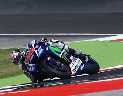 Lorenzo Sabet Pole GP San Marino, Marquez - Rossi Lengkapi Start Barisan Depan