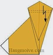 Bước 8: Gấp gấp khúc (gấp kiểu chữ Z) lớp giấy vào trong.