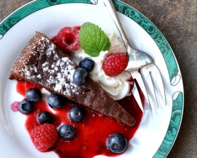 Almost-flourless chocolate cake with Raspberry-Red Wine Coulis (Reduction Sauce)