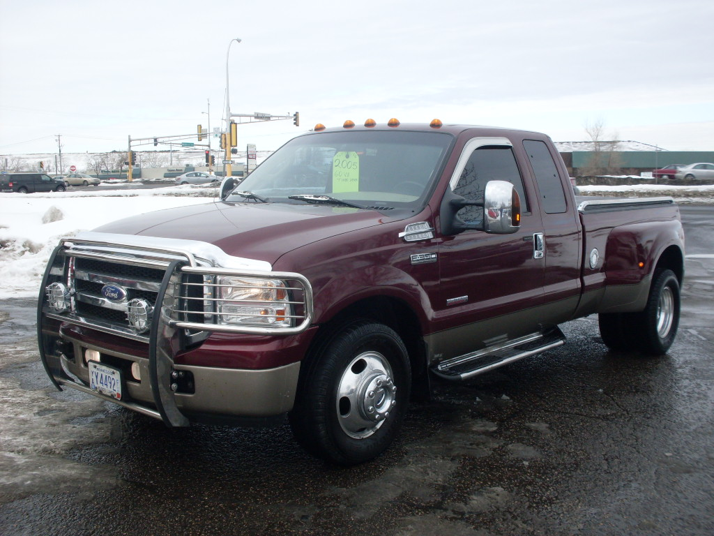 Ford F Dark Red Tan
