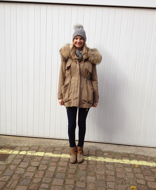 Minusey, russell and bromley, zara, blogger, white knitted jumper, fashion blogger, fblogger, fur coat, fur hat