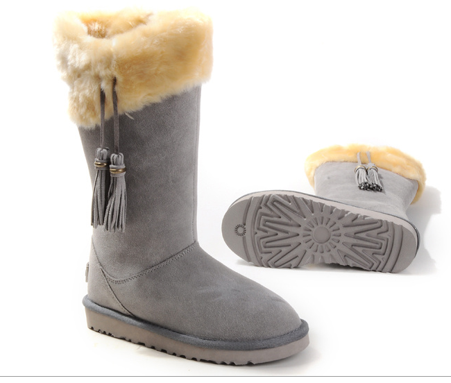 Why I Live In Uggs And Am Buying Them As Christmas Presents For Everyone This Year
