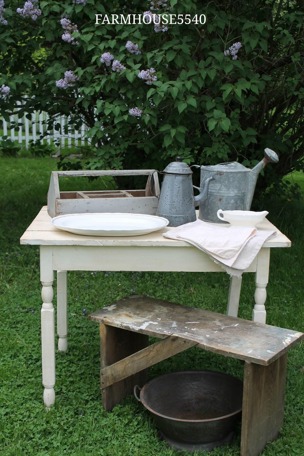 FARMHOUSE 5540 The Perfect White Table