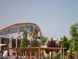 Nuotraukos iš Rainbow Magic Land 480927_327431450659814_11988054_n