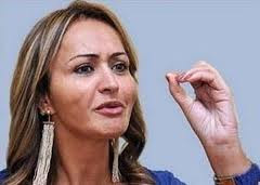JAQUELINE QUER SER FICHADA