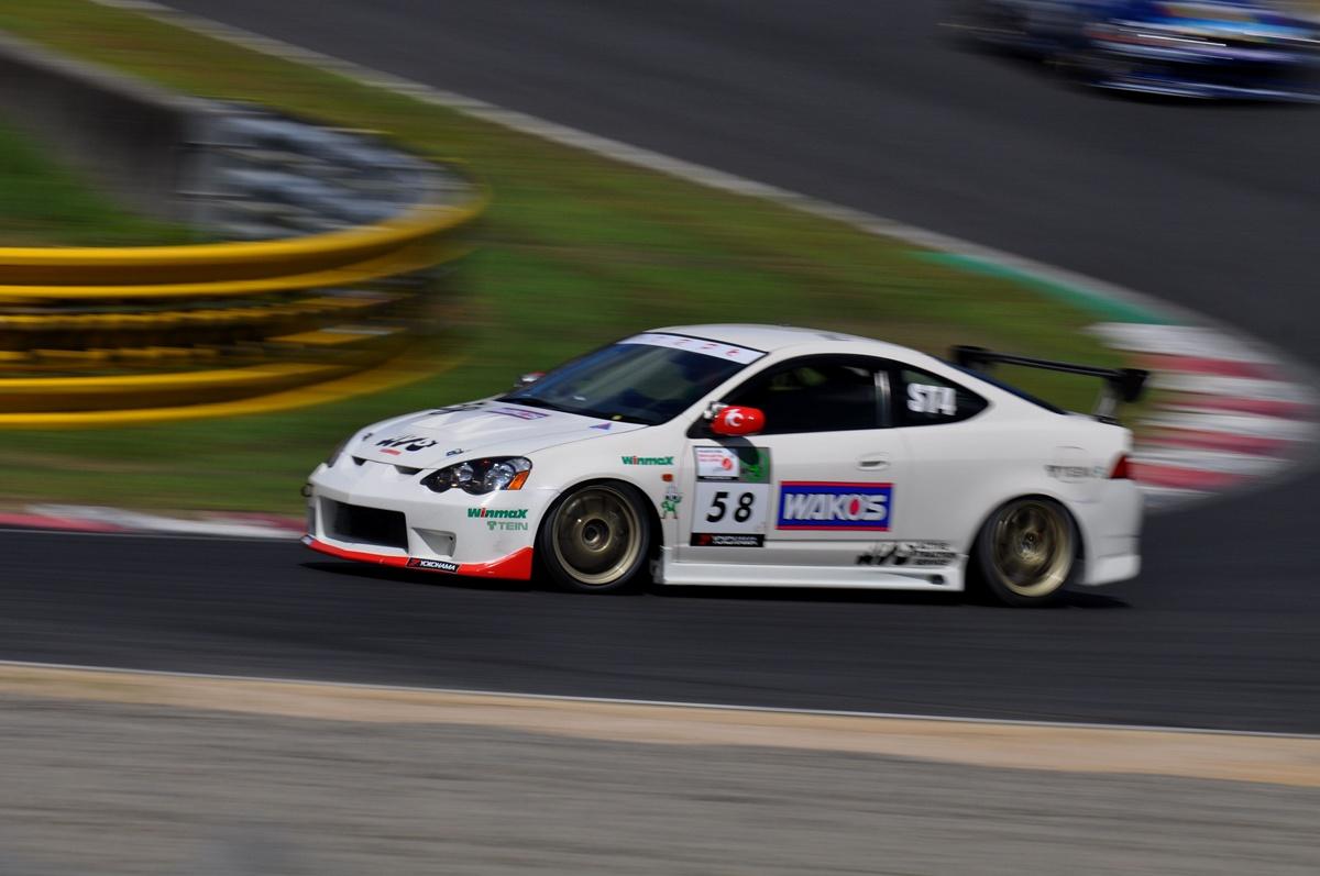 Honda Integra DC5 , japoński samochód, sportowy, wyścigi, racing, tor wyścigowy, racetrack, motoryzacja, auto, JDM, tuning, zdjęcia, pasja, adrenalina, kultowe, 自動車競技, スポーツカー, チューニングカー, 日本車