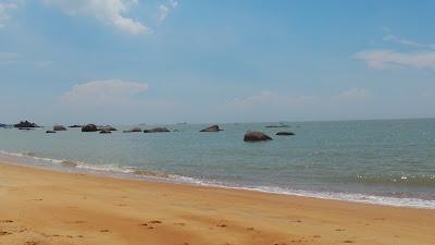 pantai menarik